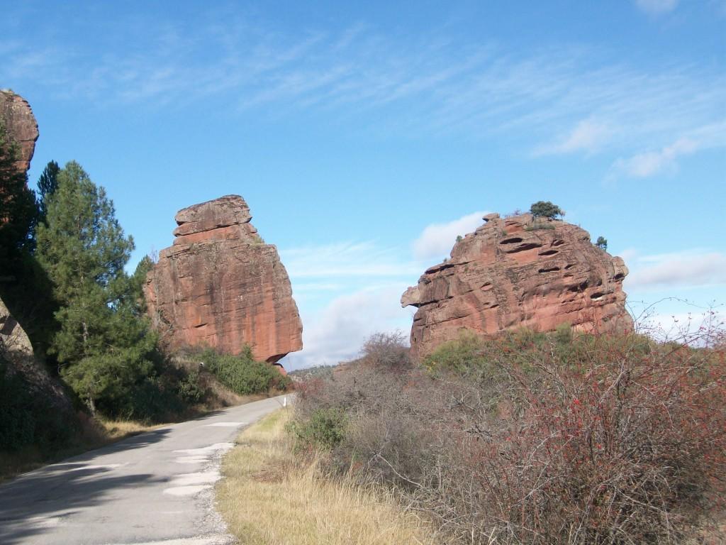 Carretera de acceso a Chequilla