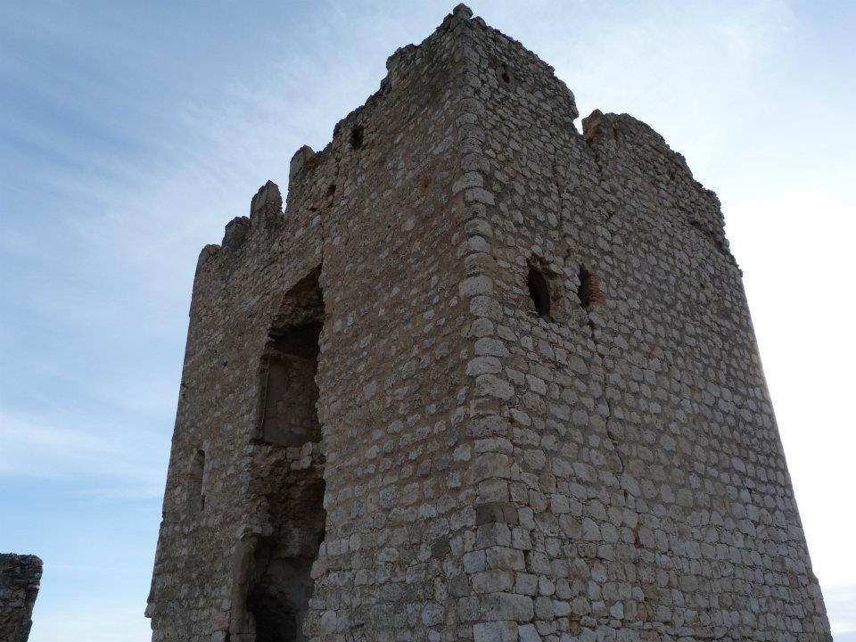 torre castillo oreja