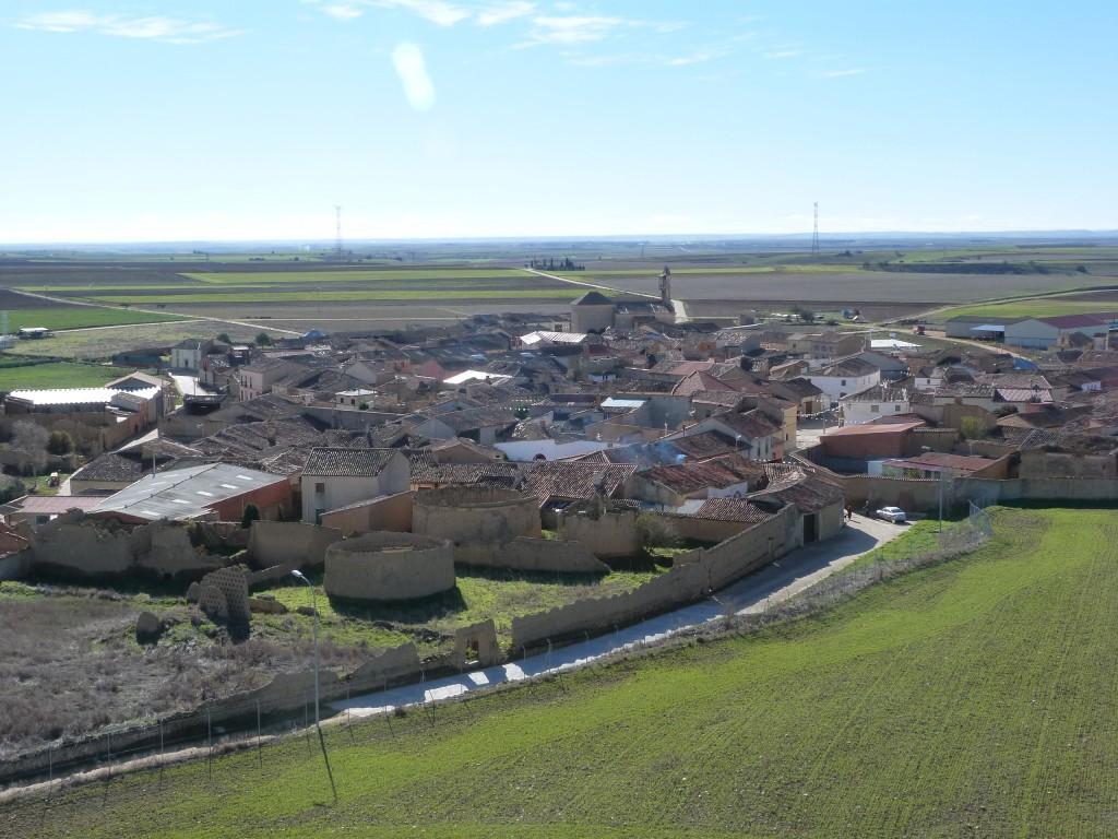 La localidad de Villalonso desde la Torre del homenaje